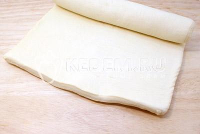Слоеное тесто разморозить