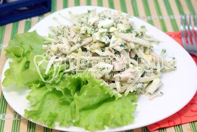 Выложить на тарелку и листьями салата. - Салат «Ташкент». Фото приготовление салата с курицей.