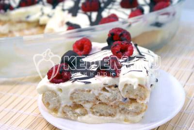 Десерт с малиной «Сливочное лето»
