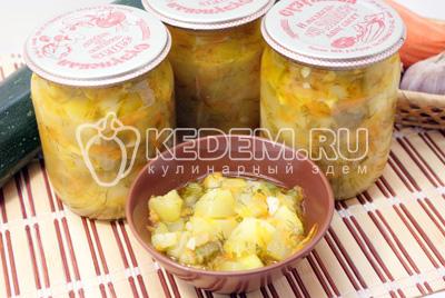 Убрать в холод. - Тушеные кабачки с овощами на зиму. Фото рецепт приготовление кабачков на зиму.