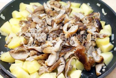 Печень с картофелем по-деревенски – кулинарный рецепт
