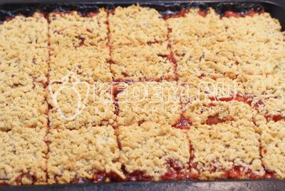 Быстрое печенье с малиновым джемом