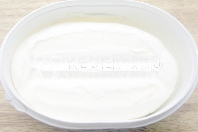 Мороженое нарезать бруском
