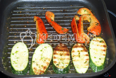 Салат из овощей на гриле – кулинарный рецепт