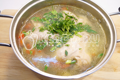 Куриный суп с овощами и фасолью