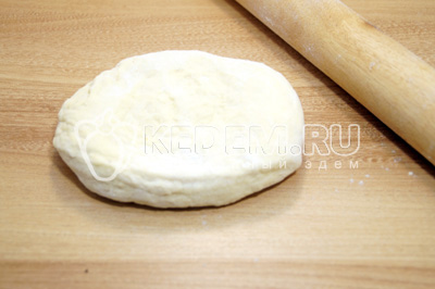 Быстрая тонкая пицца в духовке