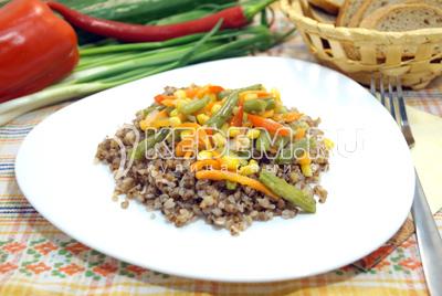 Гречка с овощами и фасолью