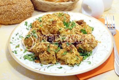 Кусочки куриного филе в сырной панировке
