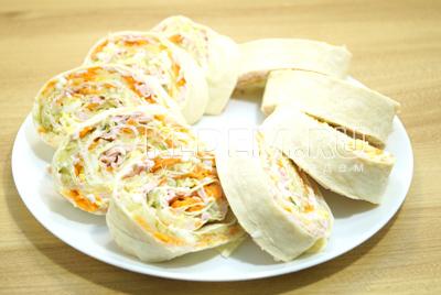 Закуска «Оливье-рулет»
