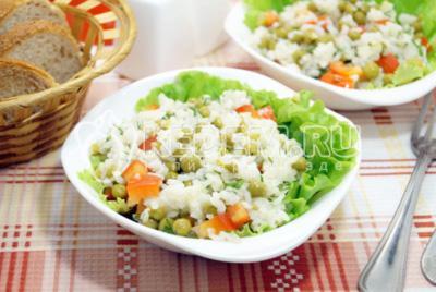 Салат с рисом «Лука»