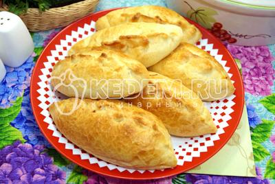 Пирожкии с курицей и сыром