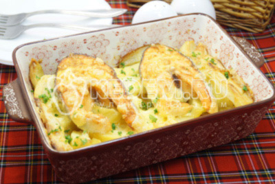 Форель запеченная с картофелем в духовке