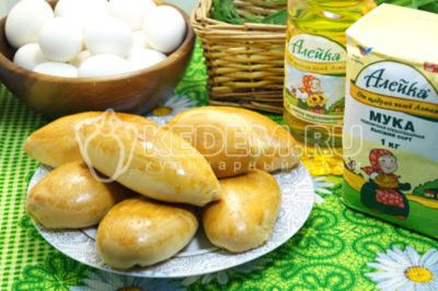 Бабушкины пирожки с яйцом и зеленым луком