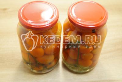 Заготовки на зиму с помидорами черри