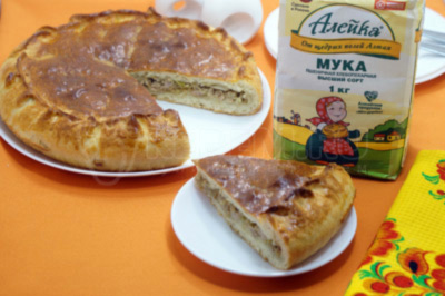 Пирог с капустой и фаршем в духовке