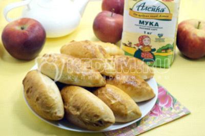 Пирожки с яблоками и корицей в духовке