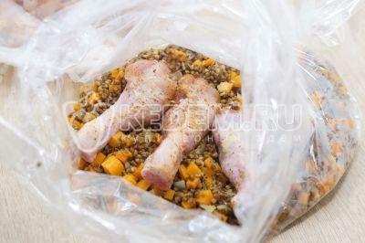 Куриные голени с гречкой в рукаве в духовке