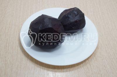 Салат со свеклой и грецкими орехами