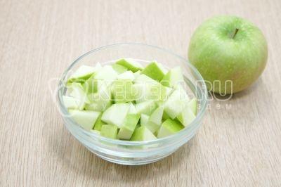 Овсяная каша с яблоками
