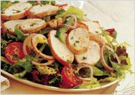 Салат из мяса-гриль с горчичным дрессингом