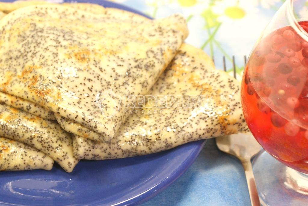 Блины с маком. Кулинарный фото рецепт приготовления блинов  с маком.