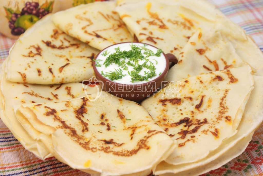 Блины сырные. Пошаговый кулинарный рецепт с фото приготовление сырных блинов на масленицу.