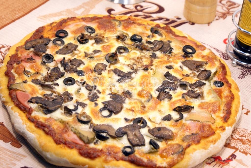 рецепт пиццы с колбасой грибами и помидорами