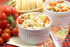 Салат с фунчозой и курицей «Ля-минор»