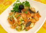 Средиземноморский салатик – простой в приготовлении рецепт салата с фотографией. Салат с оливковым маслом. – Идеальный салат для домашнего стола – Проверенные салаты на сайте Кулинарный Эдем.  Фото рецепта