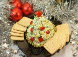 Ёлочка. Кулинарный рецепт приготовление закуски на новый год из сыра, зелени и чеснока в виде ёлочки.