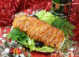 Новогодний мясной пир. Кулинарный рецепт приготовления праздничного мяса в духовке с сыром и помидорами.