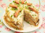 Блинный тортик. Кулинарный фото рецепт приготовления блинного торта с красной сырой и сыром с зеленью. Фото рецепта