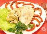 Куриное филе «Фантазия». Кулинарный фото рецепт приготовления куриного филе с шампиньонами и печеным перцем. Фото рецепта