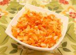 Салат из капусты с морковью и уксусом. Кулинарный фото рецепт приготовления салата из капусты и моркови с уксусом и маслом. Фото рецепта