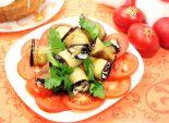 Рулетики из баклажанов. Кулинарный фото рецепт приготовления рулетиков из баклажанов с чесноком, помидорами и зеленью на пасхальный стол.