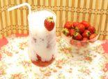 Молочный коктейль с клубникой. Кулинарный рецепт с фотографиями приготовления молочного коктейля с мороженым и клубникой.