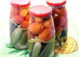 Консервированные огурцы с помидорами ассорти «Зимушка». Кулинарный рецепт с фото приготовления ассорти из овощей на зиму. Заготовки на зиму.
