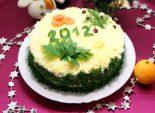 Новогодний салат «2012». Кулинарный пошаговый рецепт с фотографиями приготовления салата на новогодний стол 2012.