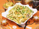 Салат «Вьюга». Пошаговый кулинарный рецепт с фото салата на Новый год с грибами и картофелем фри.