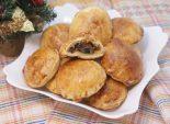 Рождественские пирожки с грибами и курицей. Пошаговый кулинарный рецепт приготовление пирожков на рождество из слоёного теста с грибами и курицей. Фото рецепта