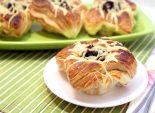 Слойки с баклажанами и сыром. Пошаговый кулинарный рецепт с фотографиями приготовление слоек с баклажанами и сыром. Фото рецепта