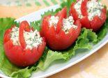 Корзинки из помидор с сырной начинкой. Пошаговый кулинарный рецепт с фотографиями приготовление закуски из помидор с сыром. Фото рецепта