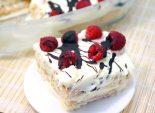 Десерт с малиной «Сливочное лето». Пошаговый кулинарный рецепт с фотографиями приготовление десерта из малины, бисквитного печенья и взбитых сливок. Фото рецепта
