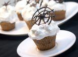 Кексы с паутинкой. Пошаговый кулинарный рецепт с фотографиями приготовление кексов  с паутинкой. Фото рецепта