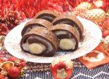 Новогодний шоколадный рулет. Пошаговый кулинарный рецепт с фотографиями приготовление шоколадного рулета с бананом и заварным кремом.