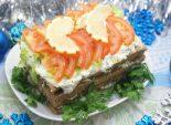 Тортик печеночный. Пошаговый кулинарный рецепт с фотографиями приготовления печеночного тортика на новогодний стол.