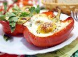 Перец в духовке с сыром и яйцом