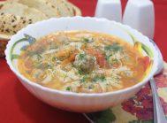 Суп с тефтелями и лапшой