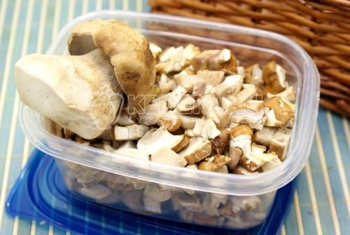 Белые грибы на зиму - рецепт