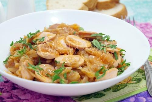 Бигус с сосисками - рецепт